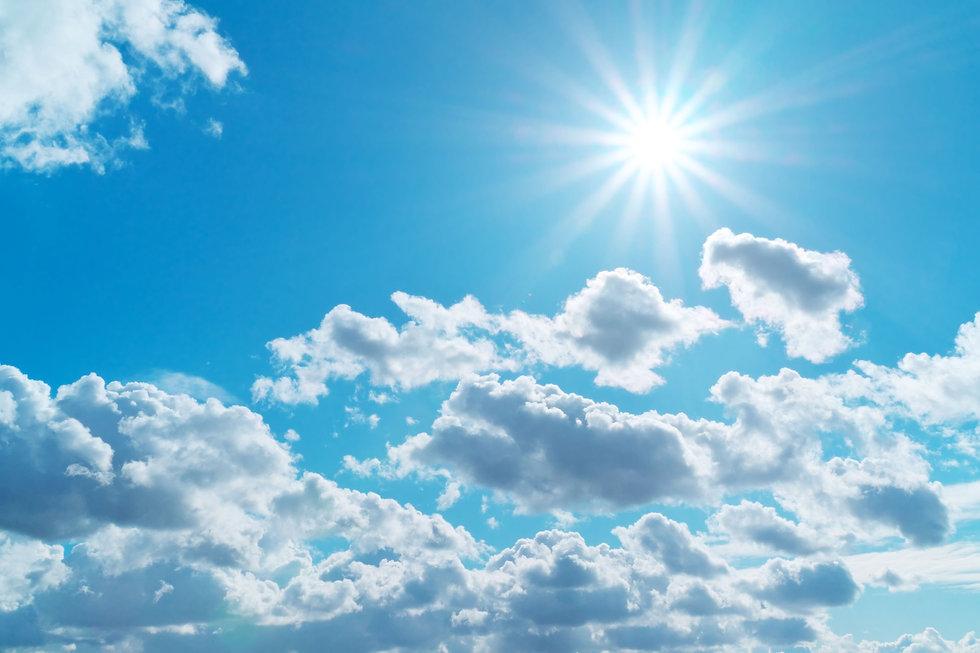 deep-blue-cloudy-sky-BV2SAX6.jpg