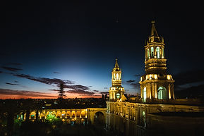 arequipa-cathedral-church-plaza-des-arma