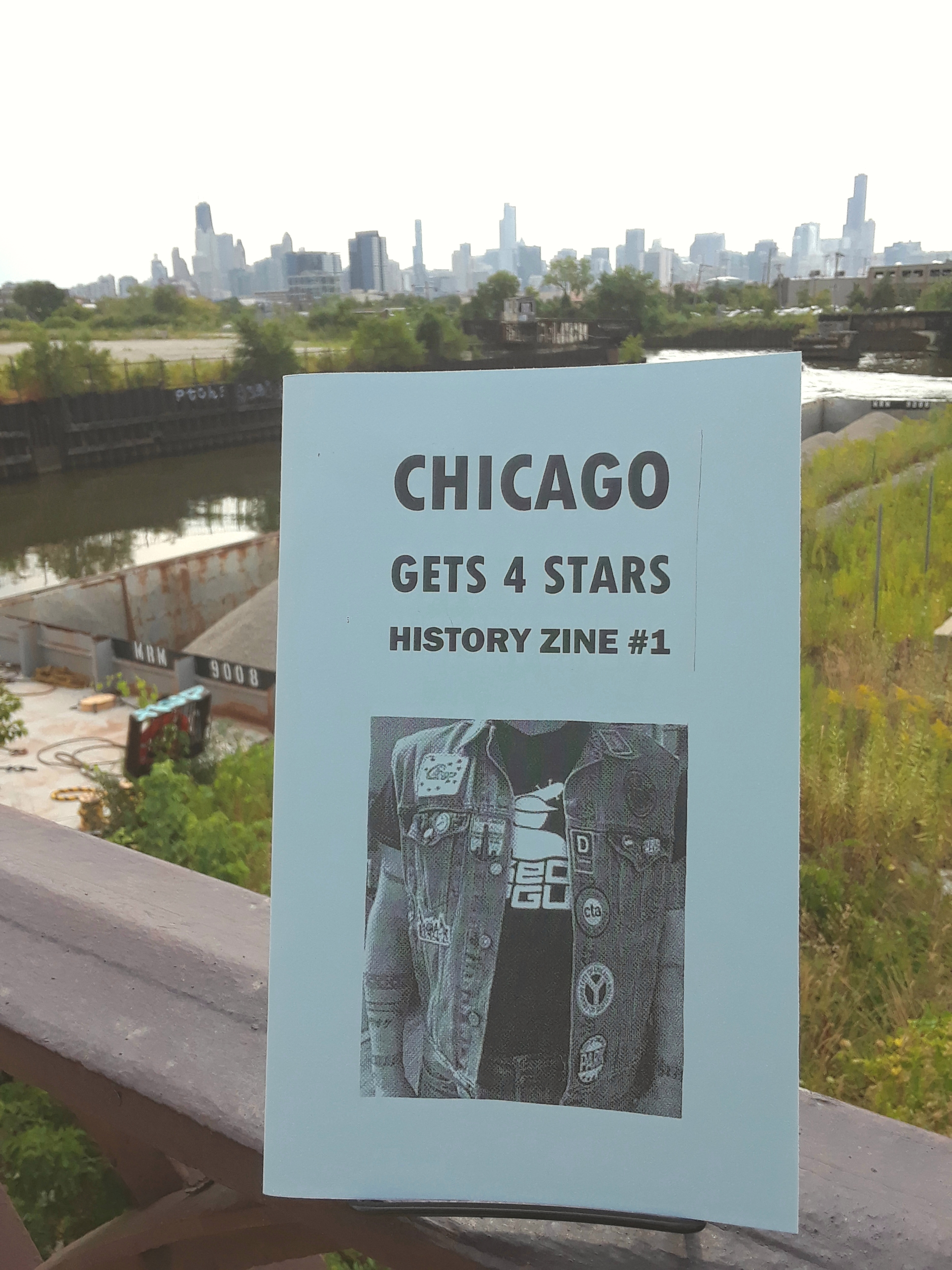 Chicago Gets 4 Stars Zine cover