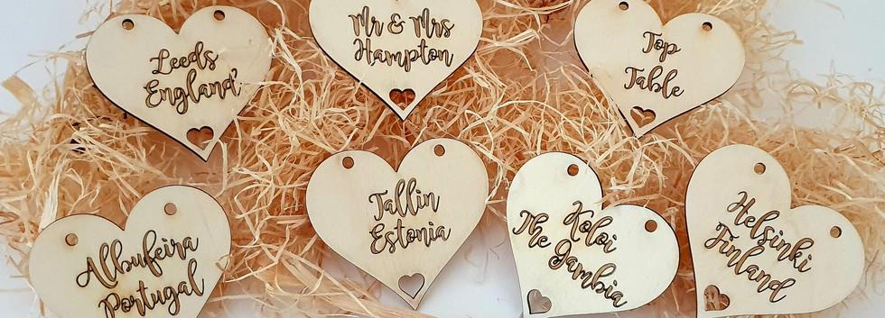 Wooden Heart Tabel Names