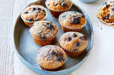 blueberry-banana-muffins-141953-2.jpg