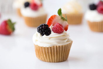Berry-Cupcake-horizontal.jpg