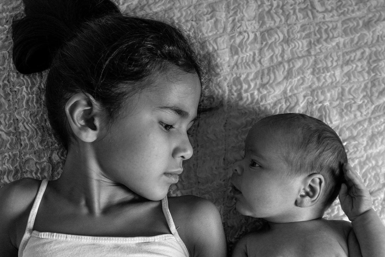 Newborn Geschwister 10.jpg