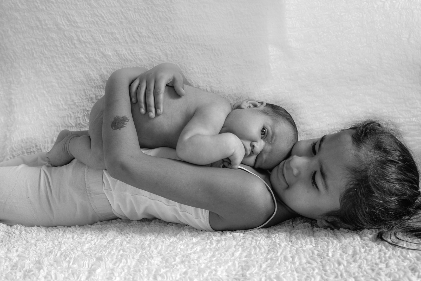 Newborn Geschwister 3.jpg