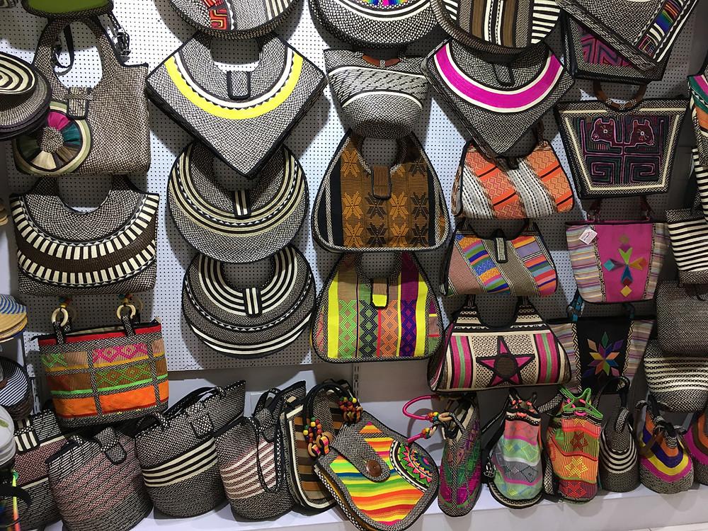 Bolsas colombianas de palha coloridas Cartagena