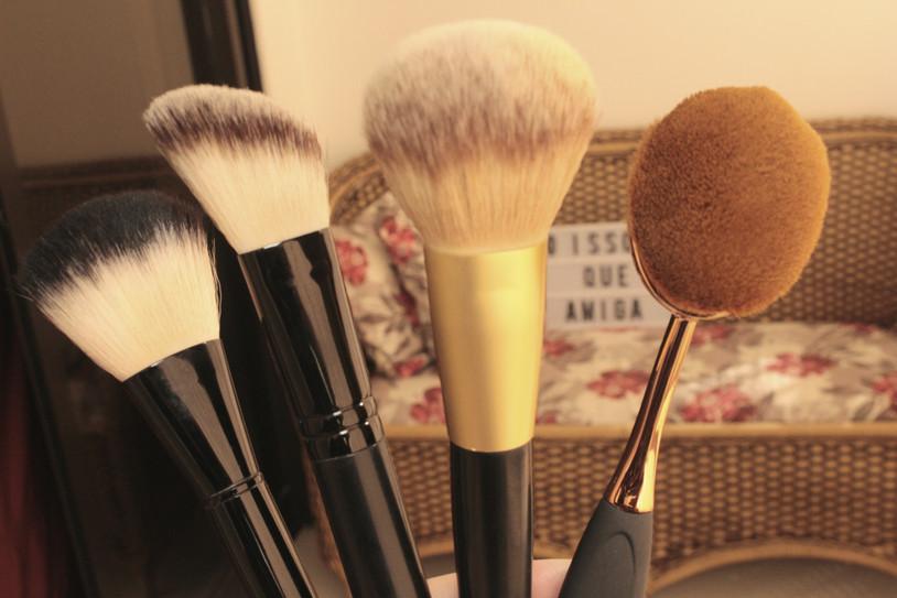 Como limpo meus pincéis de maquiagem