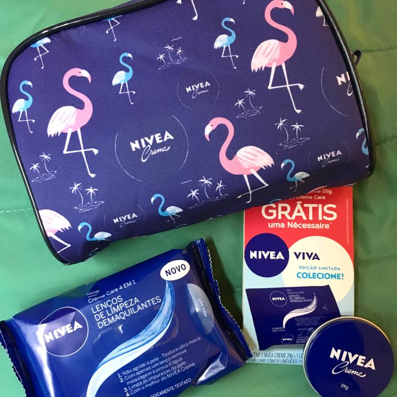 Kit NIVEA Creme   Nécessarie Flamingo