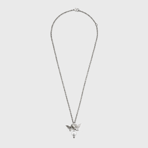 Cherub and small pearl necklace