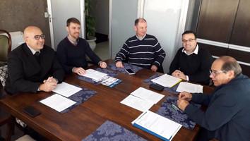 Sindióptica-RS e CROO-RS traçam estratégias para regulamentar atuação de profissionais no mercado.