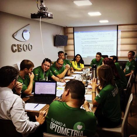 Regionais reúnem-se na sede do CBOO