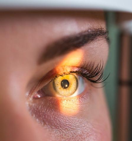 """Conselho de Optometria alerta para atuação ilegal e sem habilitação de """"oculistas"""" na saúde visual"""