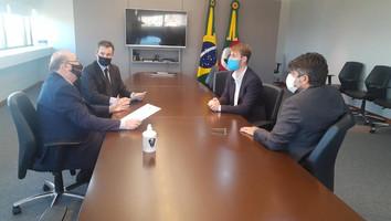 Chefe do Ministério Público do RS mostra-se sensível com causa dos optometristas