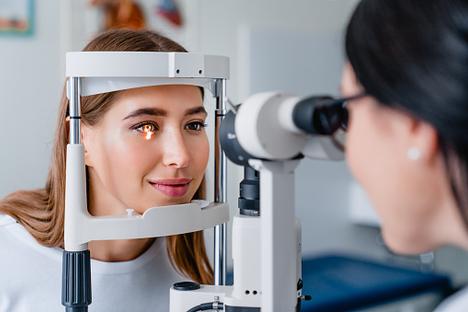 O Seu Optometrista Consegue Identificar Problemas de Saúde Através dos Seus Olhos?