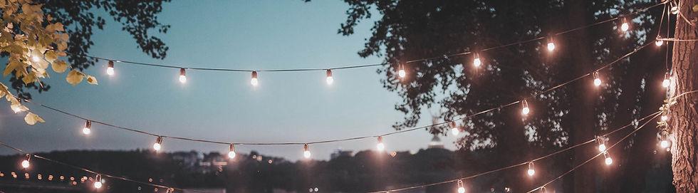 Outdoor Wedding Decorations_edited.jpg