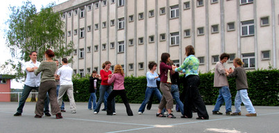 2005 Lycée Laure Gatet Groupe option tai