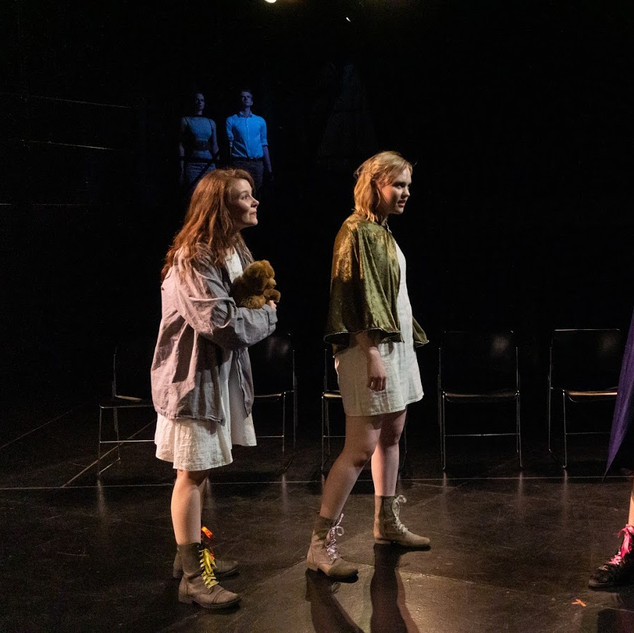 Autolycus and Time (Elina Walchuk and Genevieve Wisdom) conclude Act 4, while Leontes and Paulina do penance above.