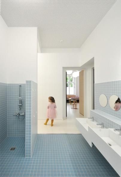 RAV_Bathroom_30b.jpg