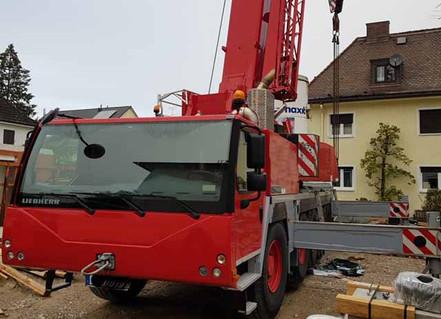 Liebherr LTM1100 (ID2121).jpg