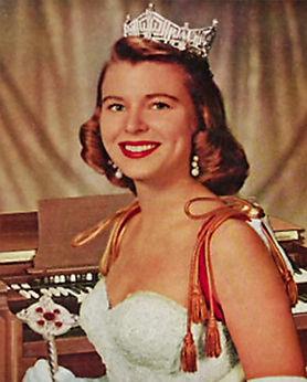 1957 MarilynVanDerbur.jpg