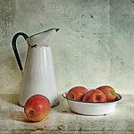 Apples & Jug - Simone Riley.jpg