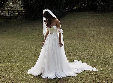 Lovestoned Bridal Grace loves lace Elysi