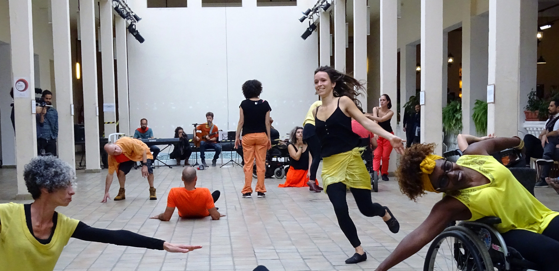 Núcleo Dança Aberta, Brazil
