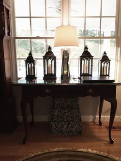 Lantern Detailing w/ Mirrored Lamp