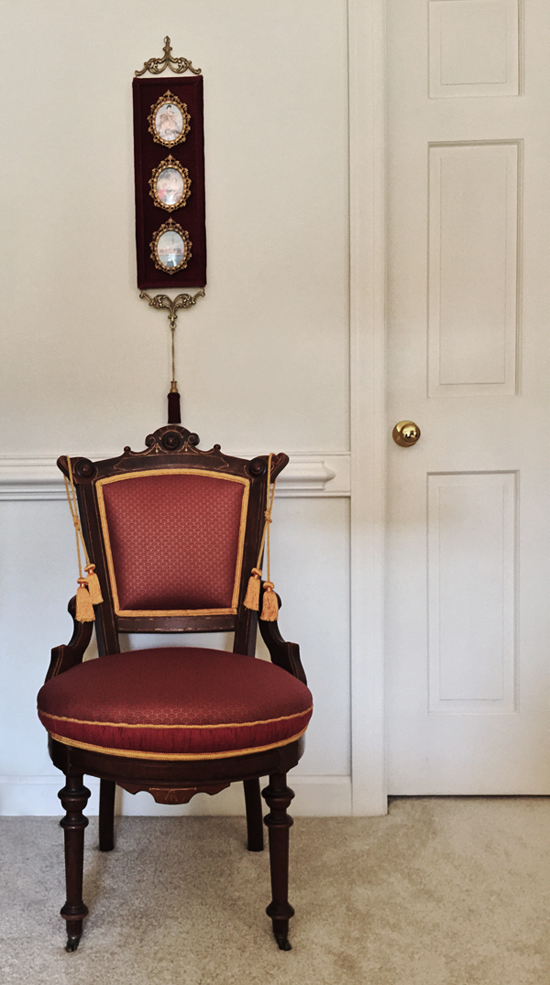 Victorian Side Chair w/ Accent