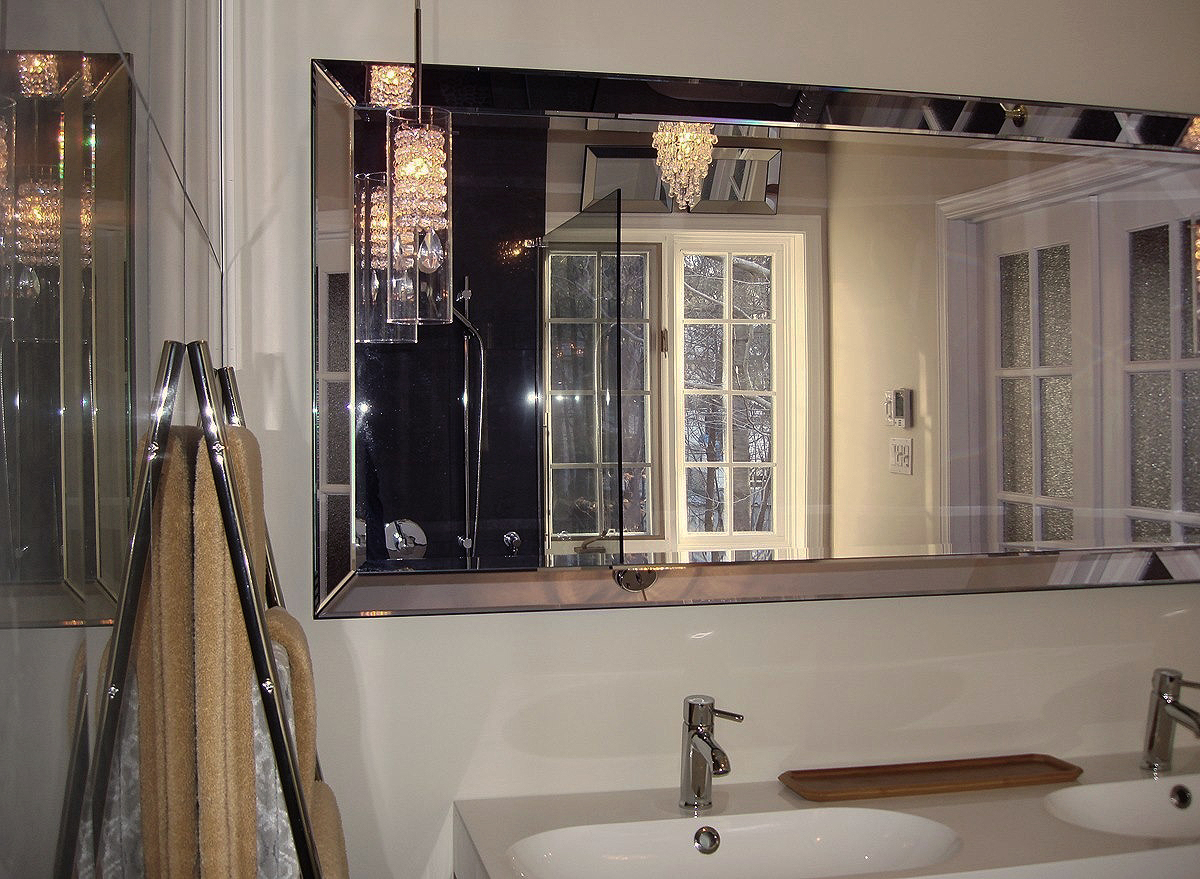 Master Bathroom Mirror Reflection