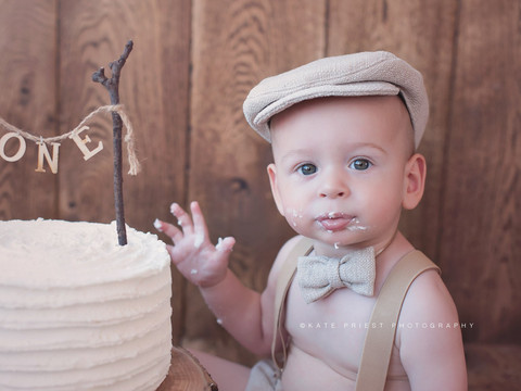 Cake smash baby photos, cake smash Hove