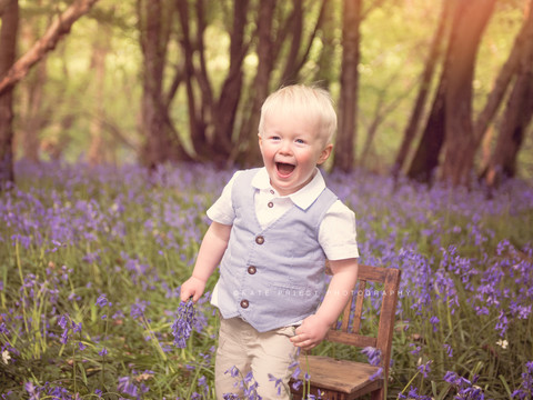 bluebell family photography session, family photographer Burgess Hill