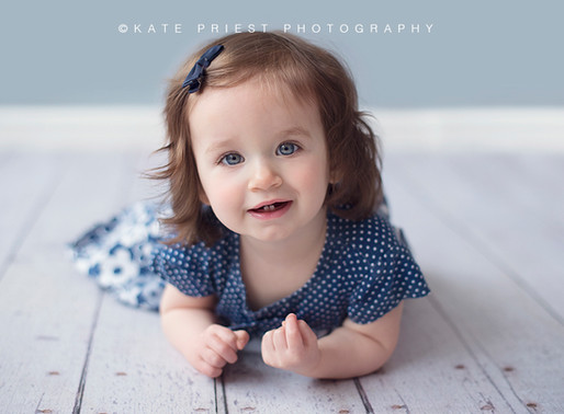 Brighton Baby Photographer - Arelie's Sitter Session