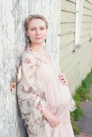 portrait of pregnant women