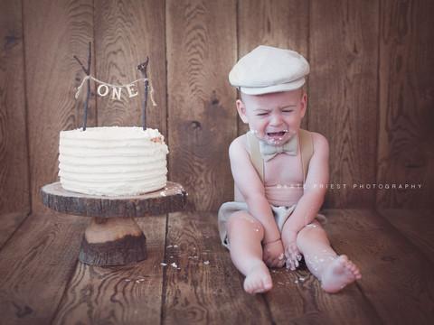 Cake smash photography, first birthday cakesmash Eastbourne