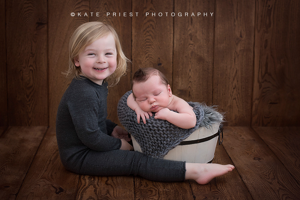 Newborn and sibling photoshoot by Kate Priest Photography