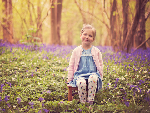 bluebell photo session, family photographer Cuckfield