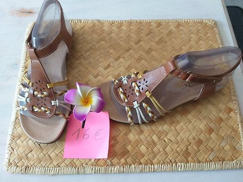 Chaussure cuir neuve Pikolinos Pointure 36