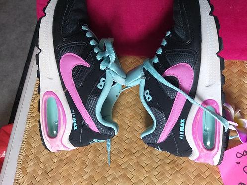 Basket Air max Nike 35.5
