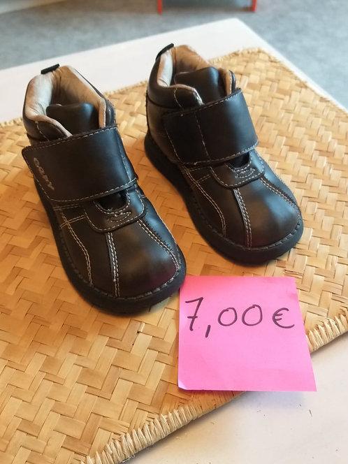 Chaussure pour Enfants T 23
