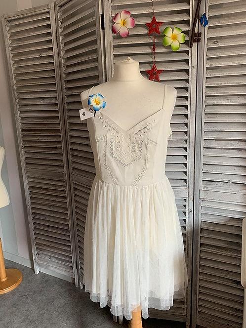 Belle robe en tulle T40