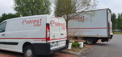 Les camions Everest