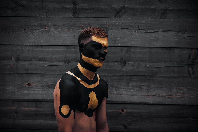 Black & Gold 5