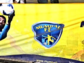 Mumbai Meri Jaan 〜 90 Minutes among Local Football Supporters
