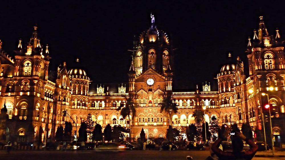 VT Station Mumbai_edited