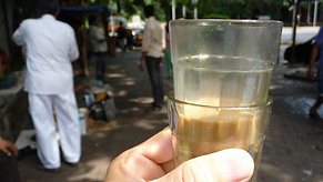 street chai with Mumbai Moments