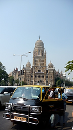 Mumbai taxi near CST station