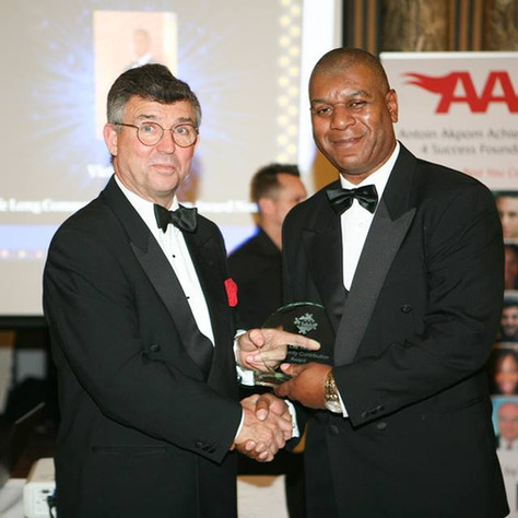 Sir Clive Loader presenting Victor RIchards with Life Long Community Contribution Award - Copy - Copy.jpg