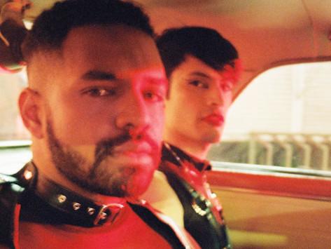 """Elnegrojoan visibiliza la masculinidad queer negra en su single """"Pegaitos"""""""