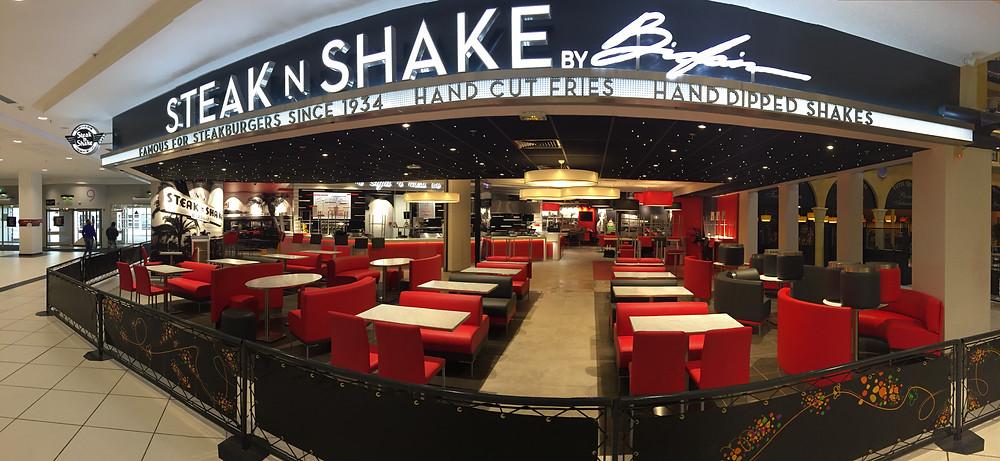 Première collaboration de l'Agence TWIN avec Steak N Shake, propriété de Sardar BIGLARI.