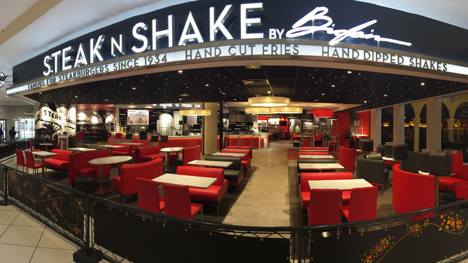 Welcome to Steak n Shake in Calais (France).